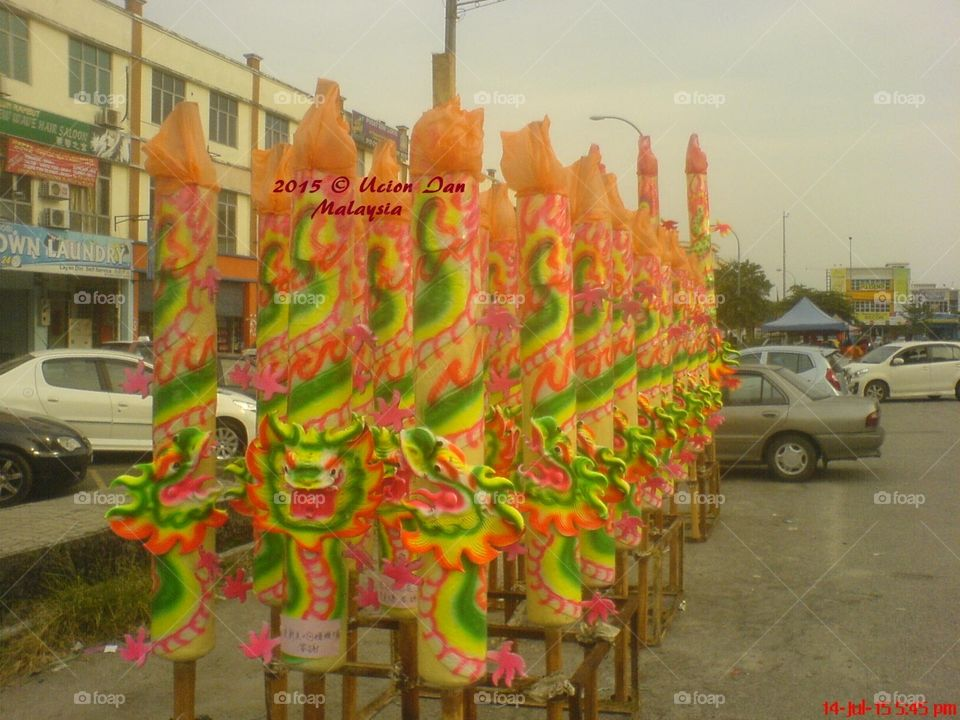 Chinese Festival-Malaysia. People will pray for Chinese Festival in Malaysia.  神诞的节日, 这些都是庙里拜拜时拿来烧的香子。