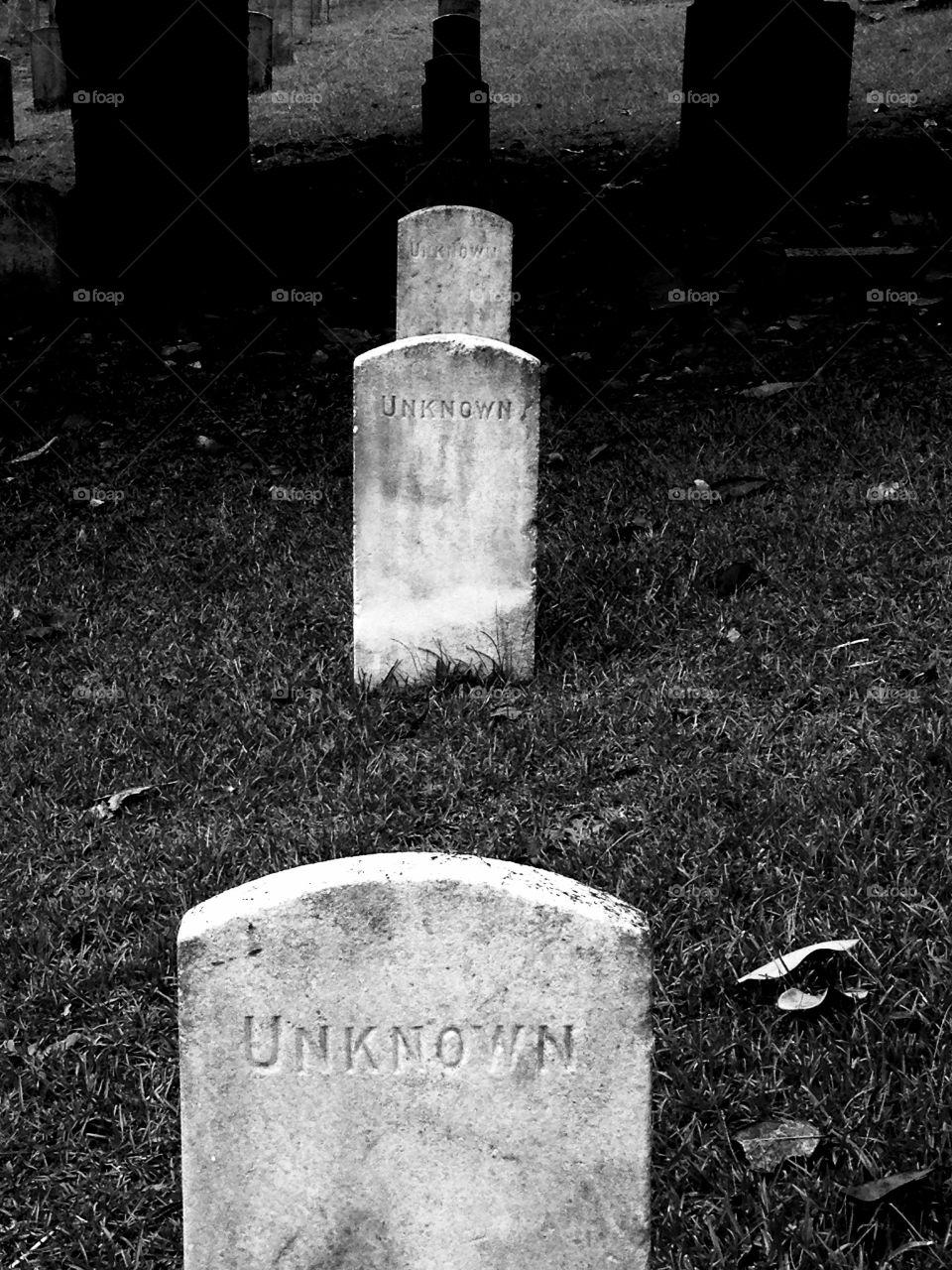 Unknown soldiers, graveyard, cemetery