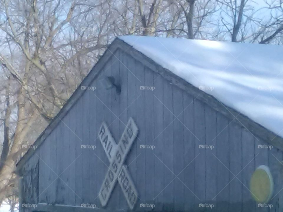 Rooftop snow