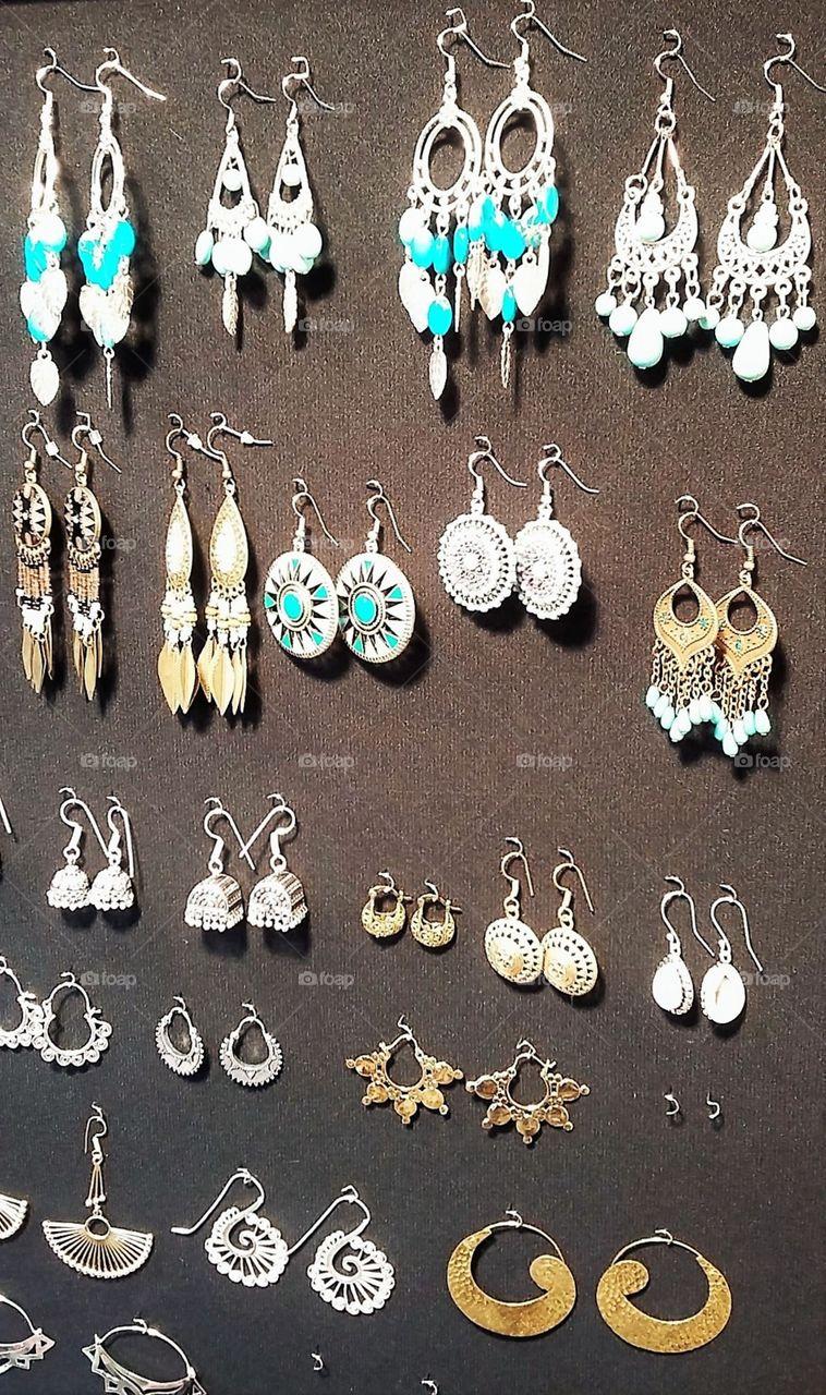 Earrings Market Display
