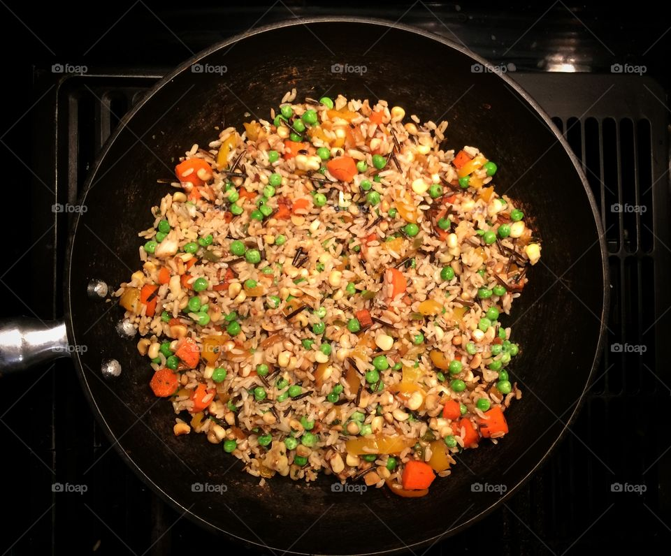 Oil free fried rice with veggies