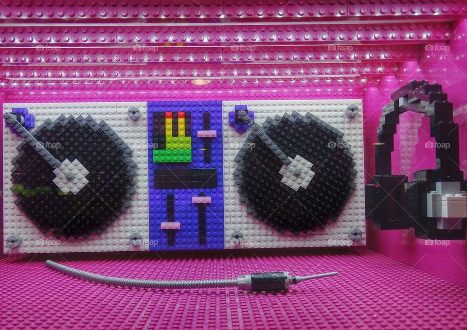 Funky Stereo. Lego Boombox