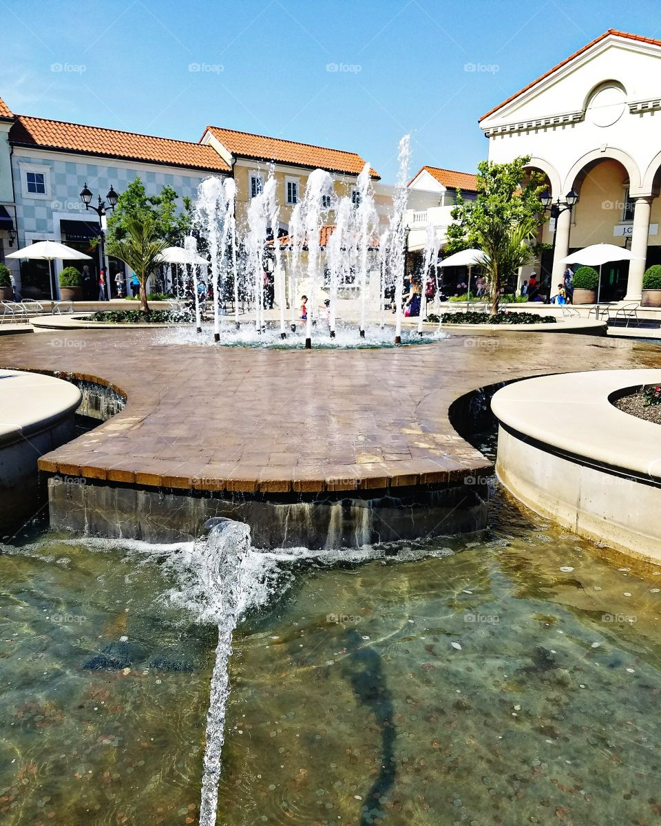 Tanger Outlets at Deer Park - June 2017 - Taken on Android Phone - Galaxy S7 - Water Fountains