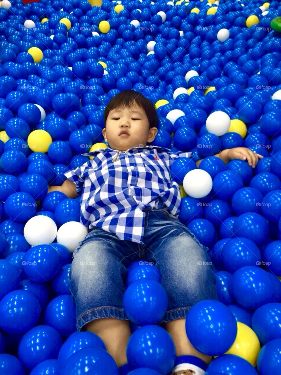 The boy with balls