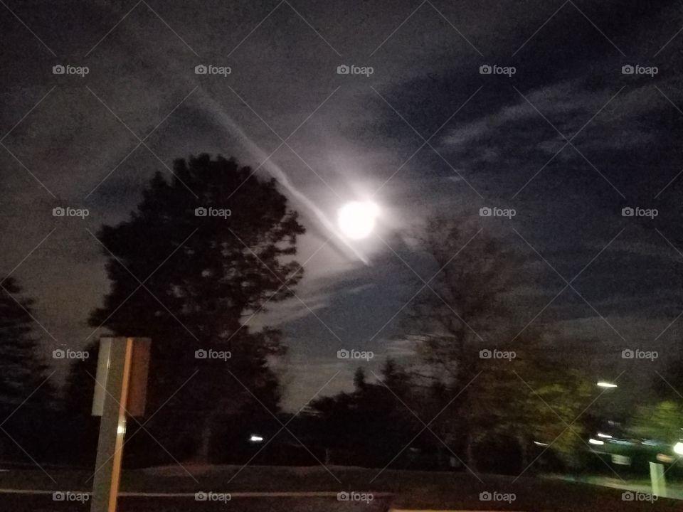 Super Moon Comet