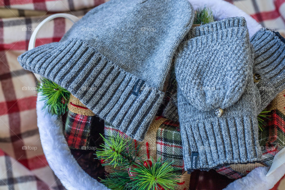 Isotoner hat and gloves for Christmas