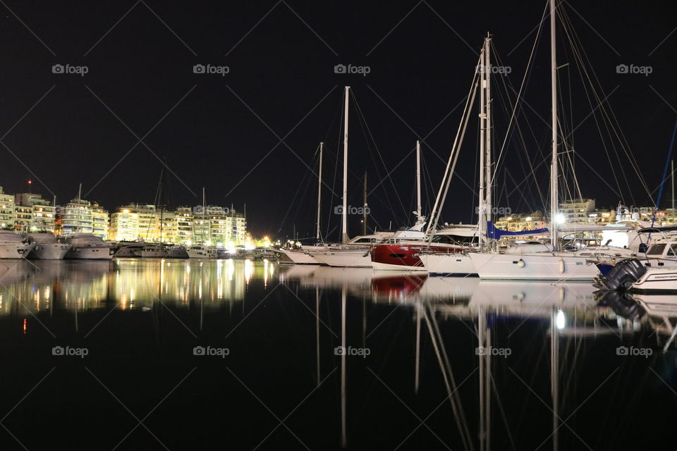 #Piraeus #sea #boats #night