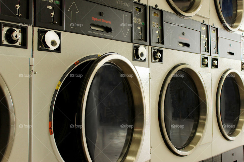 Living coin laundry