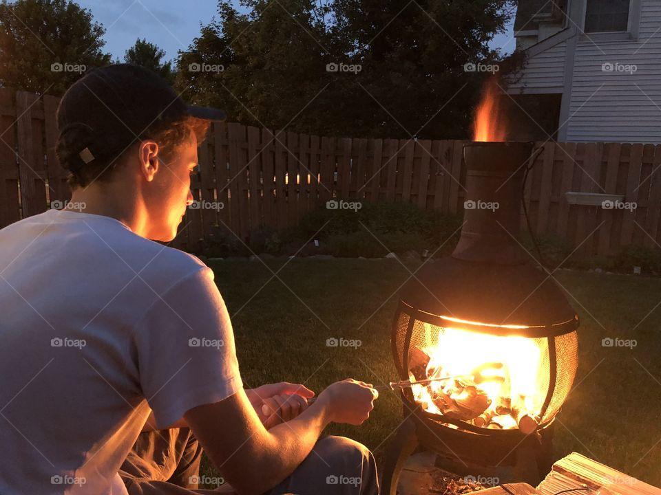 Enjoy the June roasting Marshmallows