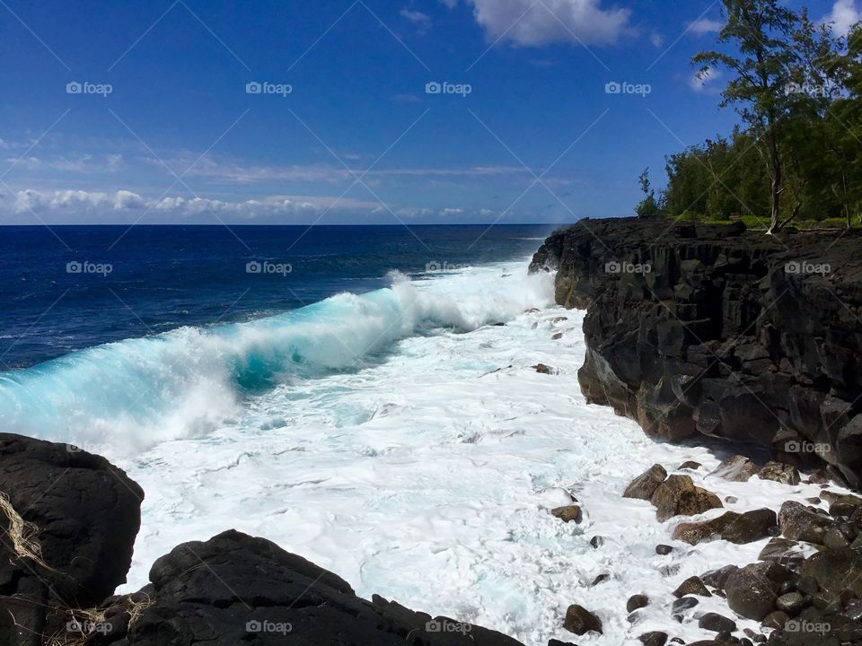 Waves on the lava