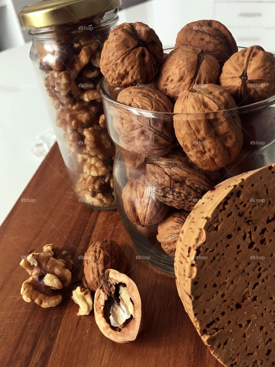Walnut jars. Organized cutting board for crush and open walnuts. Matching colors make pure line pic.