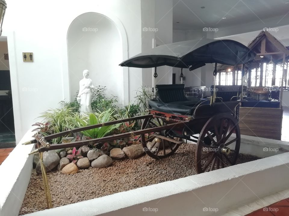 Old bullock cart been displayed at the hotel