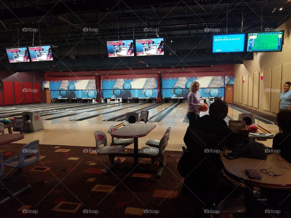 Bowling in Des Monies