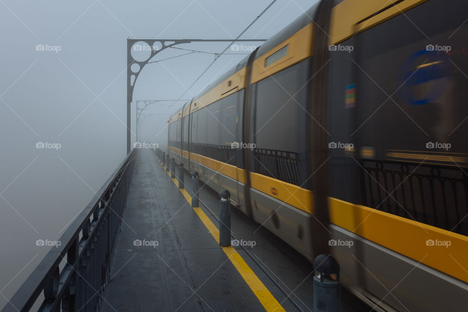 Foggy commute in Porto