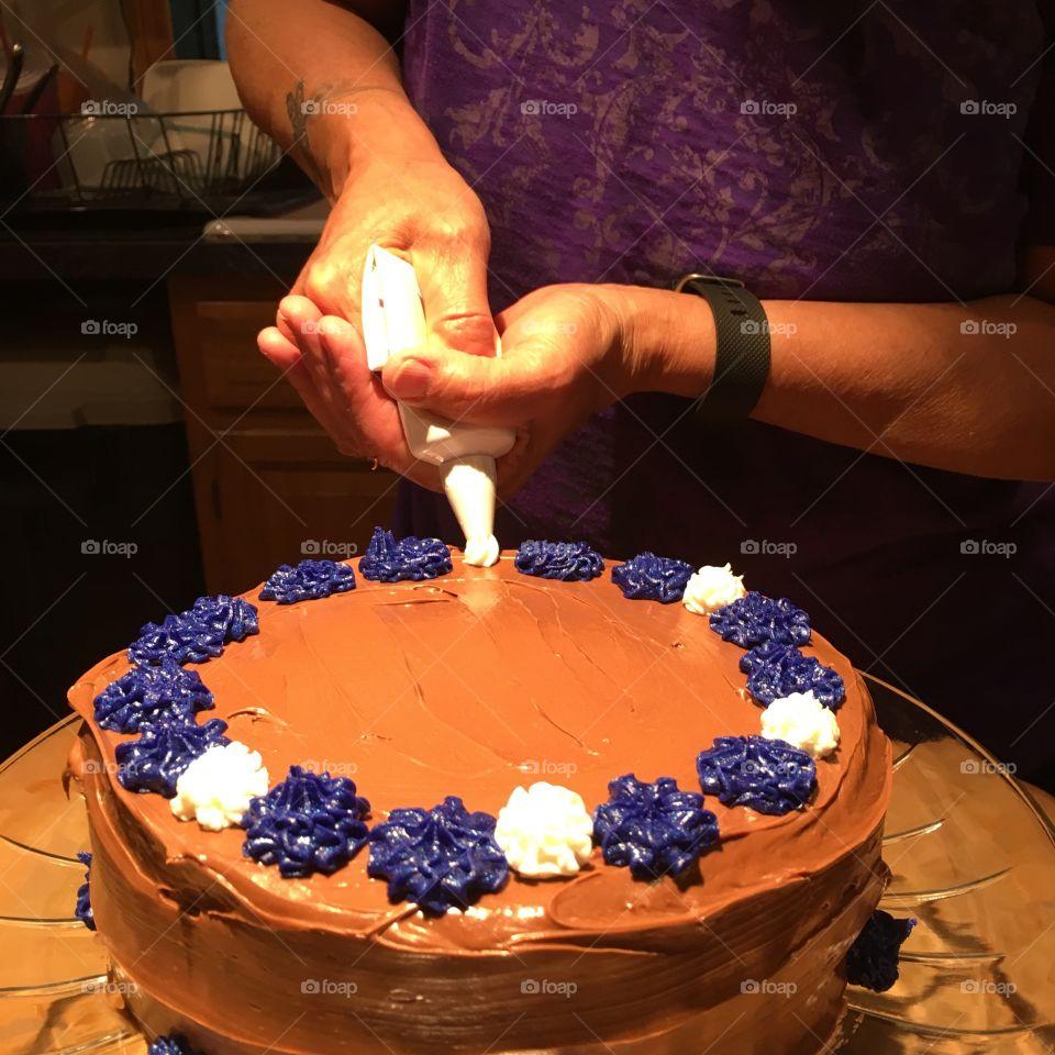 Decorating Homemade Birthday Cake