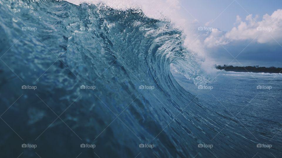 Surfs tide 🌊