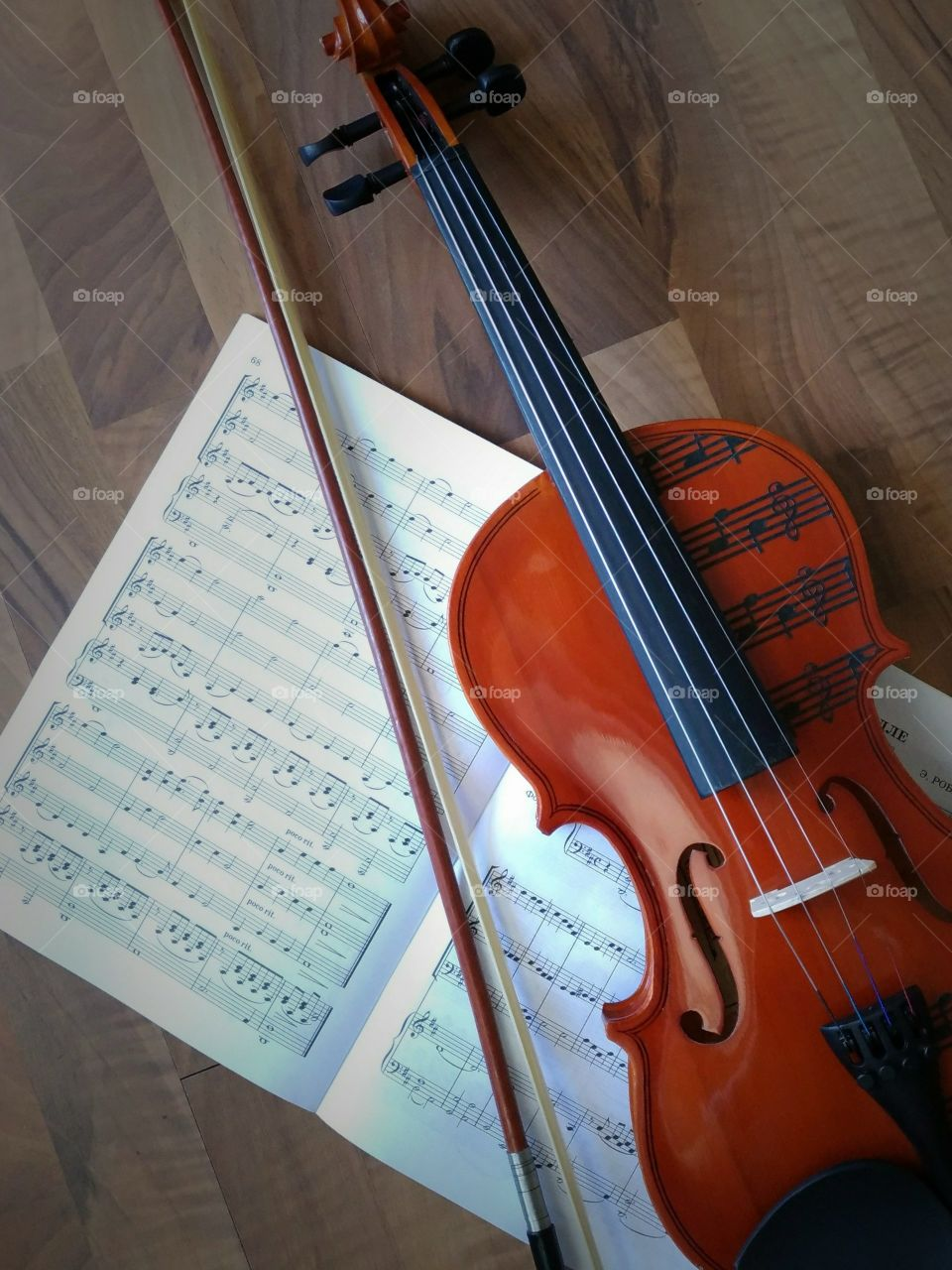 Classical music. Violin