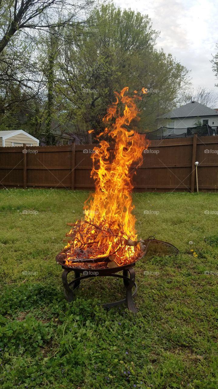 Backyard Firepit Tall Bonfire