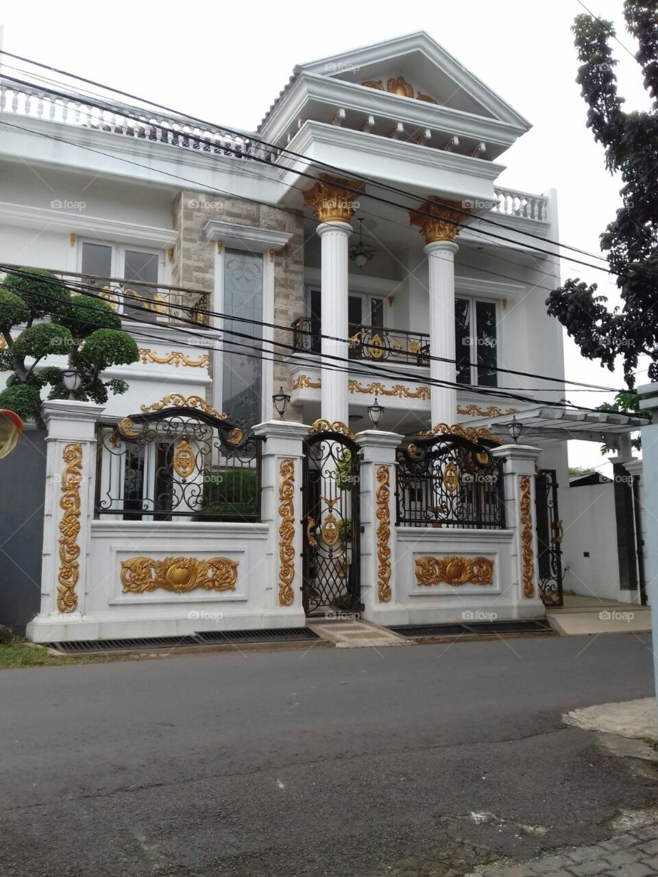 nice white house