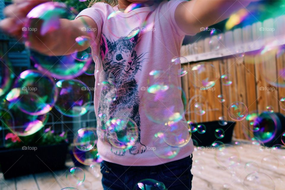 Kitty + Bubbles