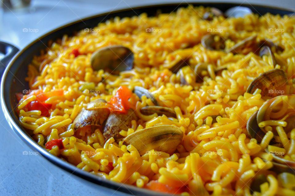 Fideuá (noodle paella)