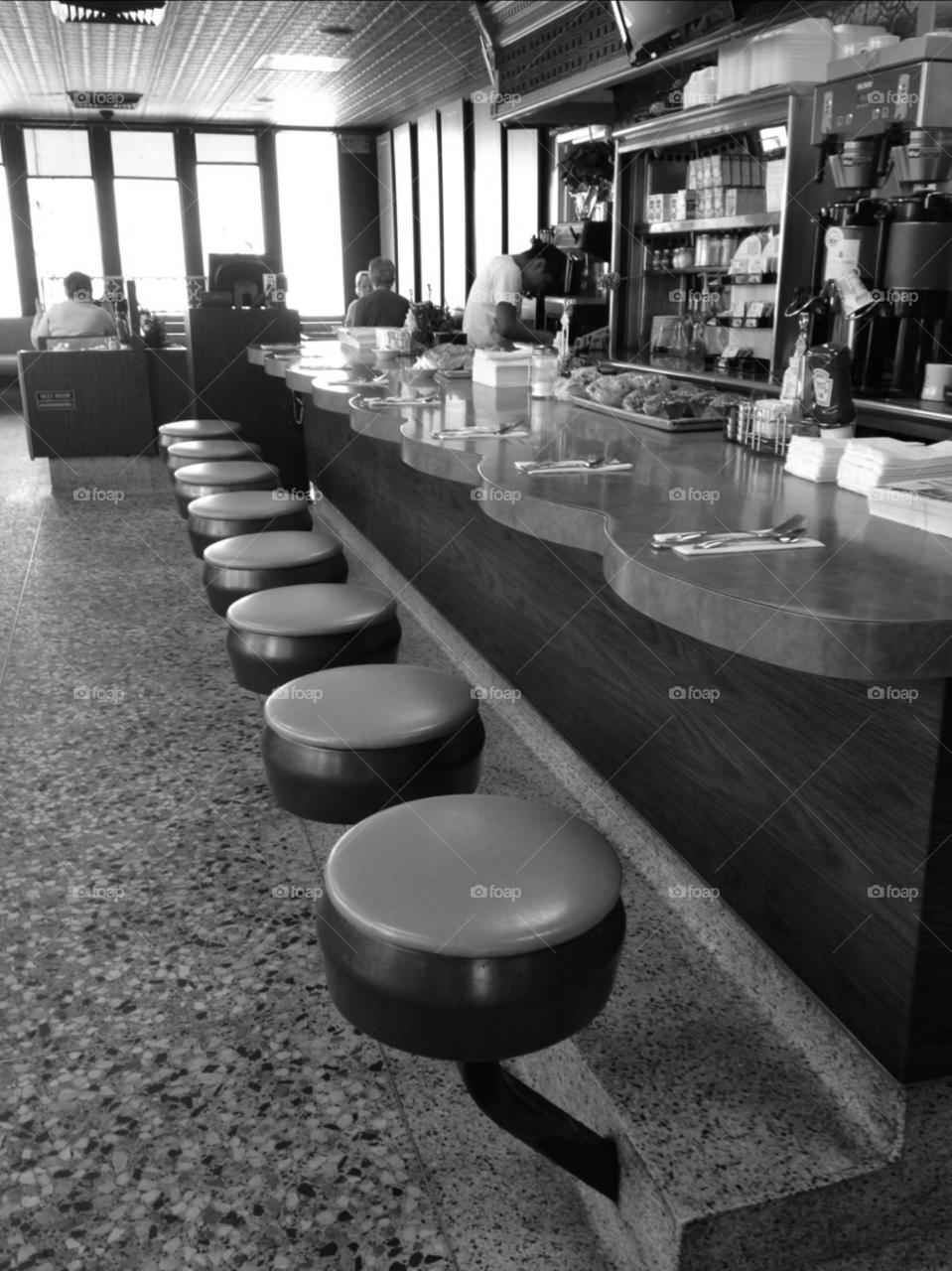 people bar plate restaurant by purplecar